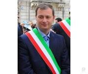 Tiriolo sindaco con fascia Giuseppe Lucente