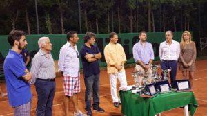 gruppo premiazione tennis Torneo Ferragosto