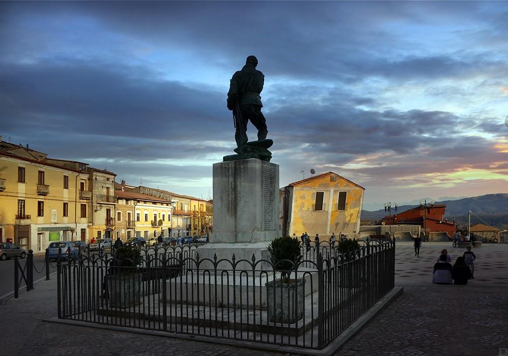 soveria - monumento ai caduti